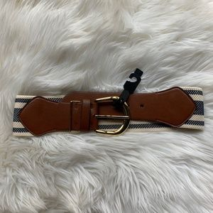 LAUREN Ralph Lauren Centerbar Buckle Wide Belt